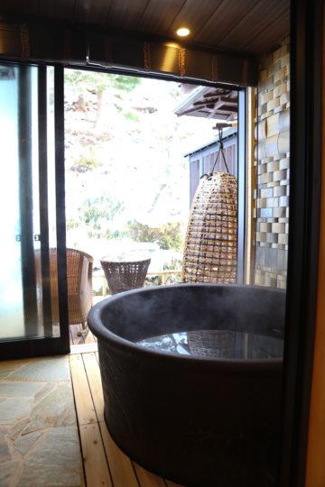 雪見風呂 温泉 長野県駒ヶ根市